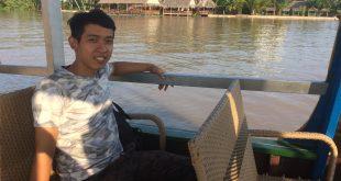 Nguyễn Tôn Quốc Tín tại khu du lịch Cồn Phụng Bến Tre.