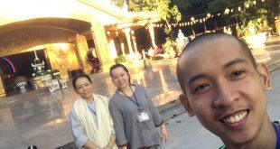 Nguyễn Tôn Quốc Tín cùng chị Nguyễn Thu Anh và chị Chúc Hạnh