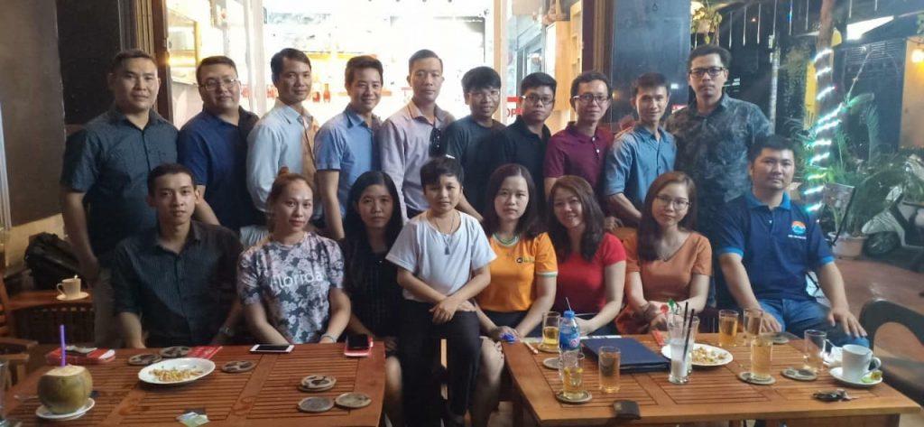 Nguyễn Tôn Quốc Tín tham dự giao lưu tại hội quán liên kết doanh nghiệp việt VECIC