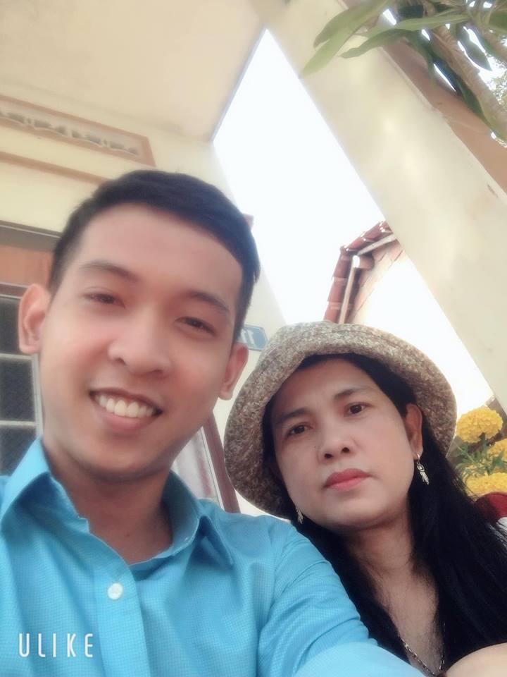 Nguyễn Tôn Quốc Tín và Mẹ