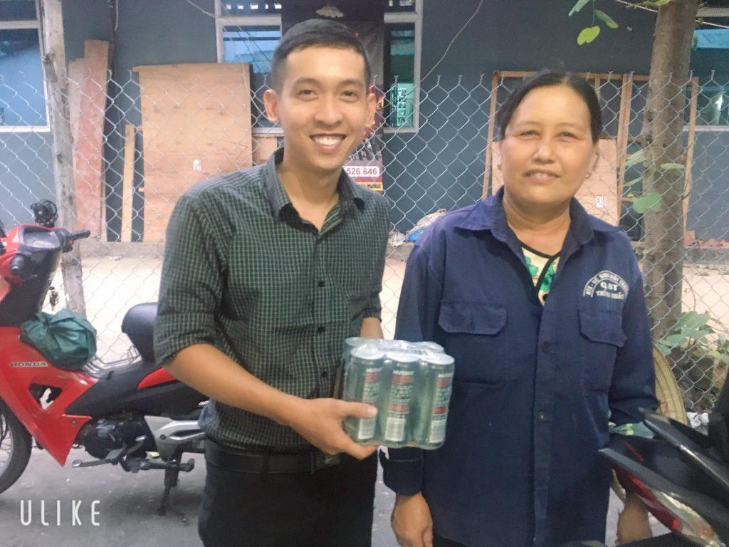 Nguyễn Tôn Quốc Tín và Cô Lao Công khu phố