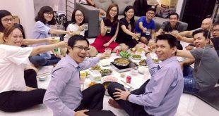 Nguyễn Tôn Quốc Tín và nhóm CASH ăn tất niên 2018